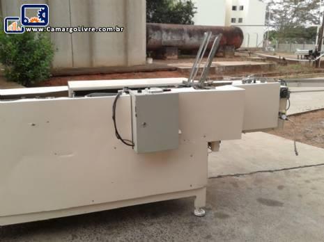 Encartuchadeira CRF e dois tanques em aço inox