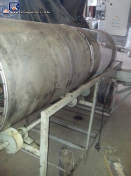 Túnel tubular para agregar açúcar